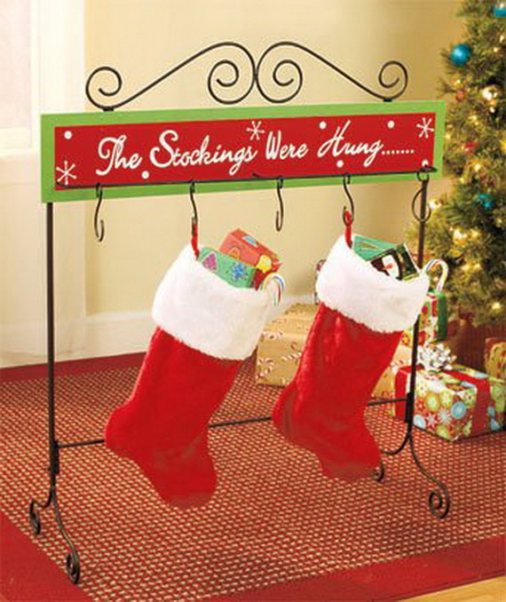 Splendid Christmas Stockings Ideas For Everyone_25