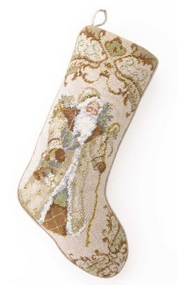 Splendid Christmas Stockings Ideas For Everyone_27