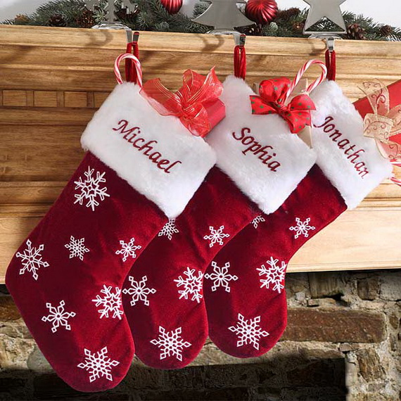 Splendid Christmas Stockings Ideas For Everyone_33
