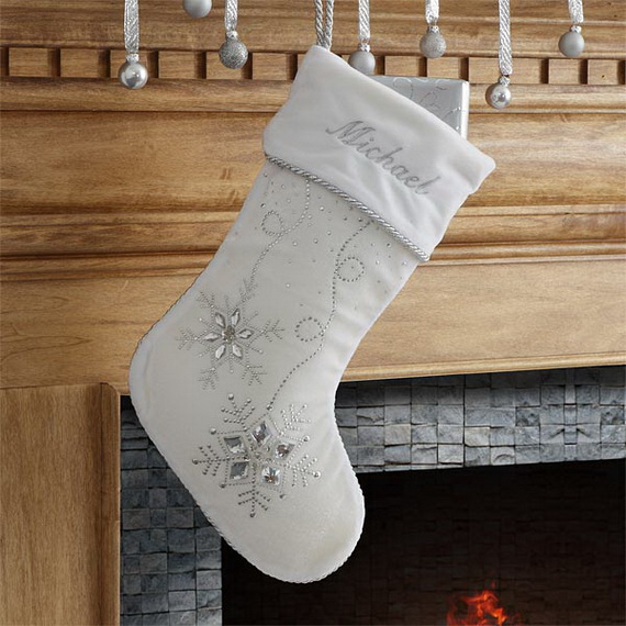 Splendid Christmas Stockings Ideas For Everyone_42
