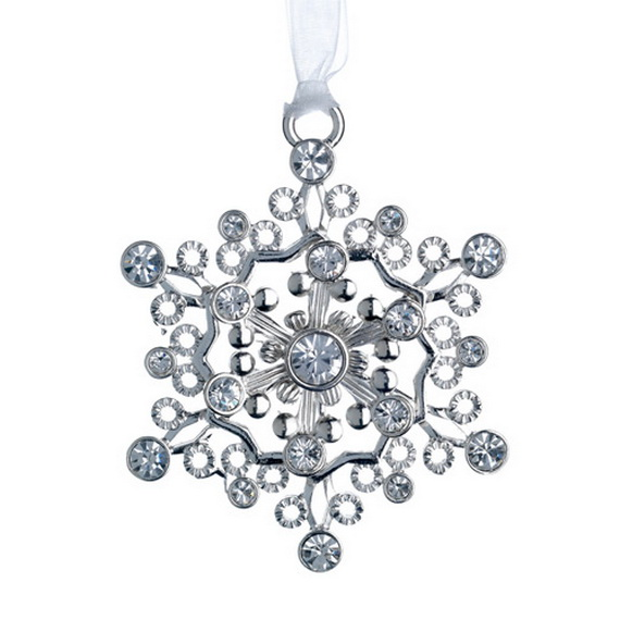Splendid Ideas For Christmas Tree Decoration With Silver And Gold Ornaments_09