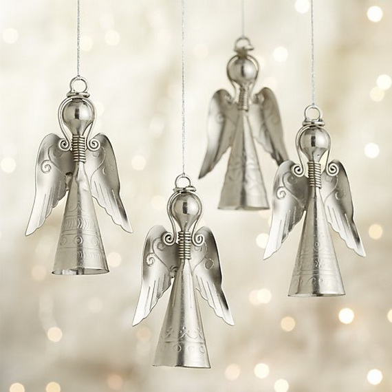 Splendid Ideas For Christmas Tree Decoration With Silver And Gold Ornaments_57