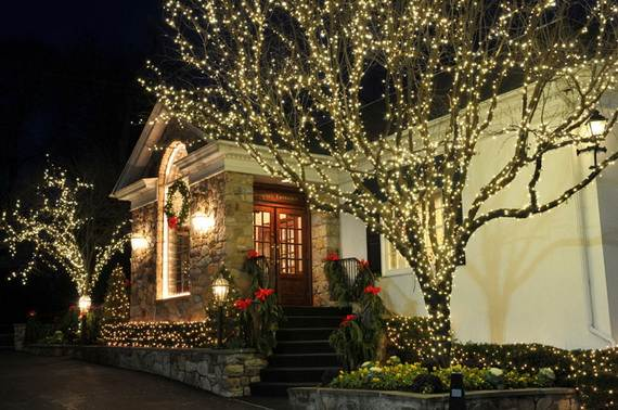 60-trendy-outdoor-christmas-decorations_48