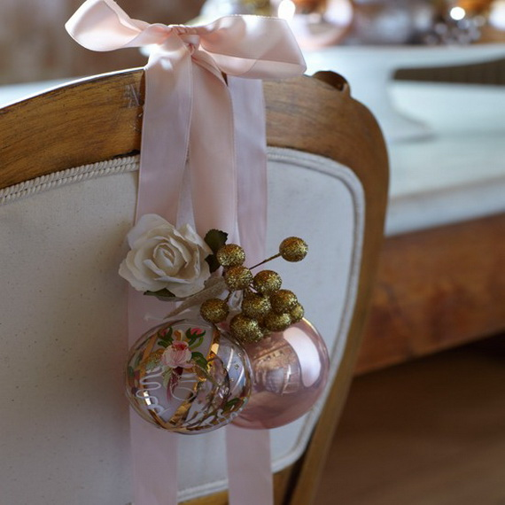 A Double-Duty Holiday Decor Ideas that Lasts Thanksgiving to Christmas_06 (2)