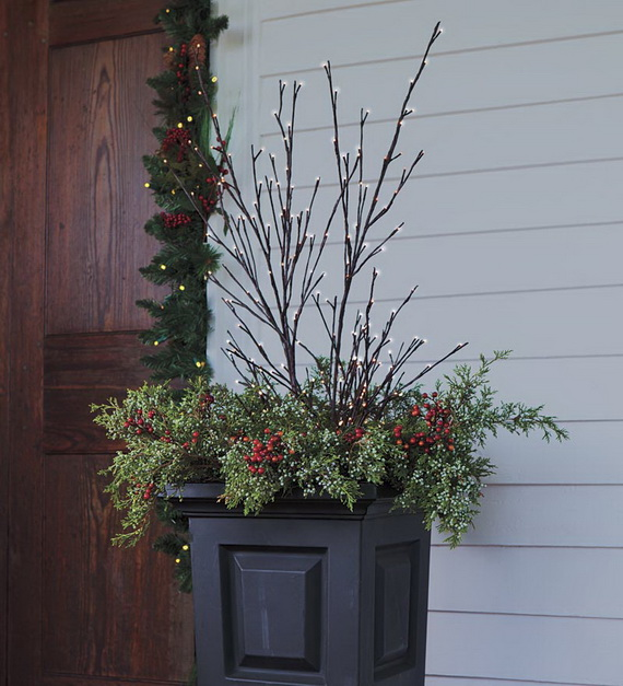 A Double-Duty Holiday Decor Ideas that Lasts Thanksgiving to Christmas_10