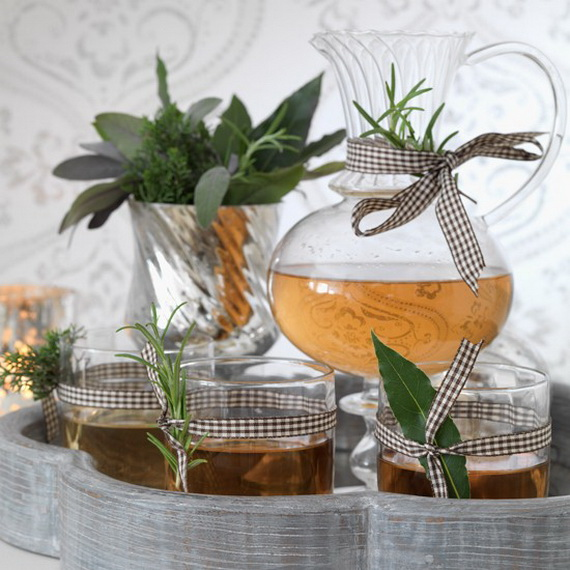 A Double-Duty Holiday Decor Ideas that Lasts Thanksgiving to Christmas_21 (2)