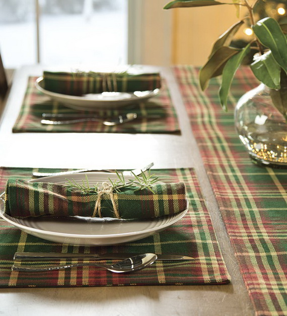 A Double-Duty Holiday Decor Ideas that Lasts Thanksgiving to Christmas_21