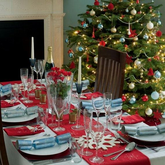 A Festive Christmas Table Decoration In Style_050