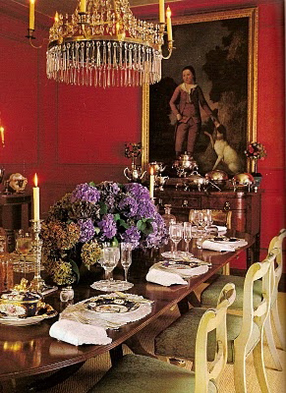 Amazing Red Interior Designs For The Holidays_22
