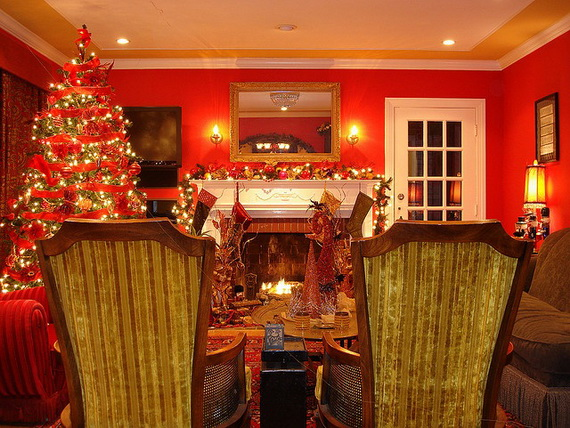 Amazing Red Interior Designs For The Holidays_42
