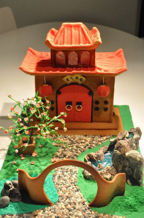 Amazing Traditional Christmas Gingerbread Houses_21