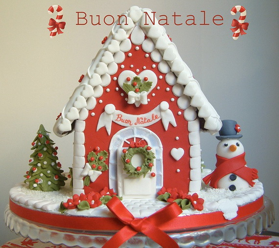 Amazing Traditional Christmas Gingerbread Houses_24