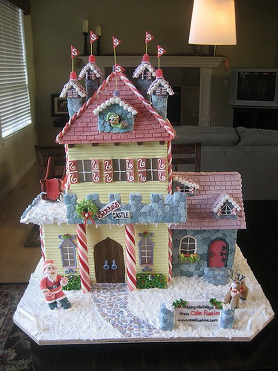 Amazing Traditional Christmas Gingerbread Houses_57