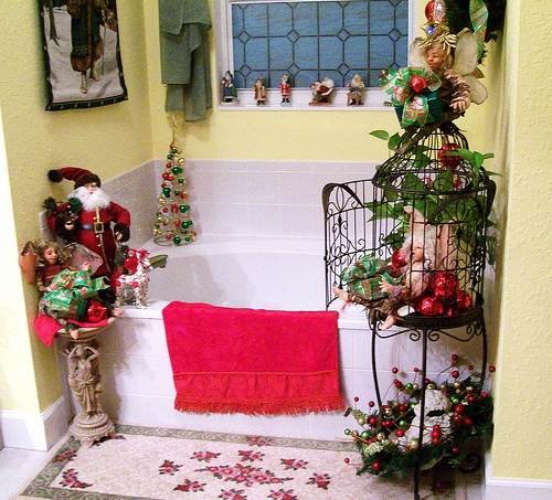 cute-bathroom-decorating-ideas-for-christmas2014-64