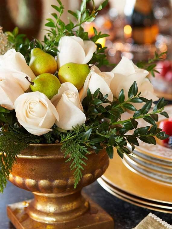 Gorgeous-Christmas-Floral-Arrangements-18