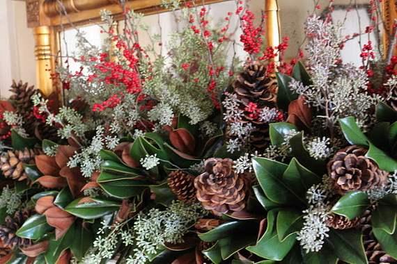 Gorgeous-Christmas-Floral-Arrangements-5