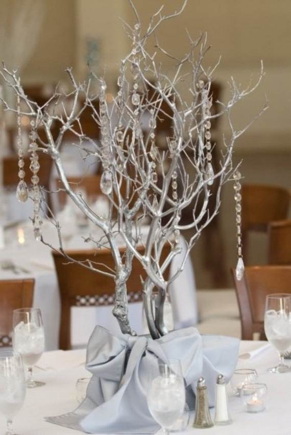 Inspiring-Winter-and-Christmas-Theme-Wedding-Centerpieces-_38