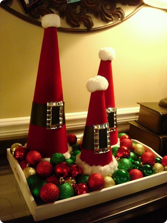 Share the joy of Christmas with Santa Claus decoration ideas _30