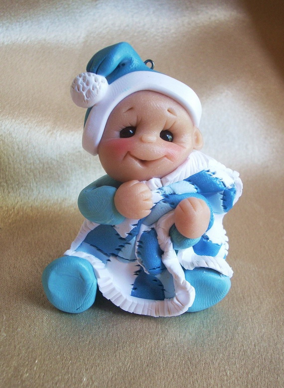 Tips and Traditions for Baby's First Christmas_01