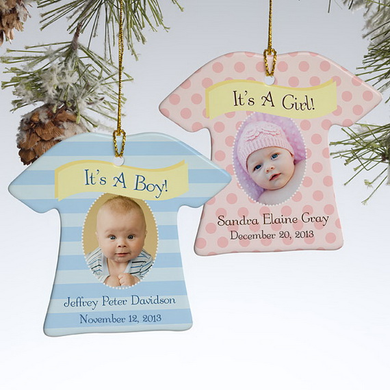 Tips and Traditions for Baby's First Christmas_06