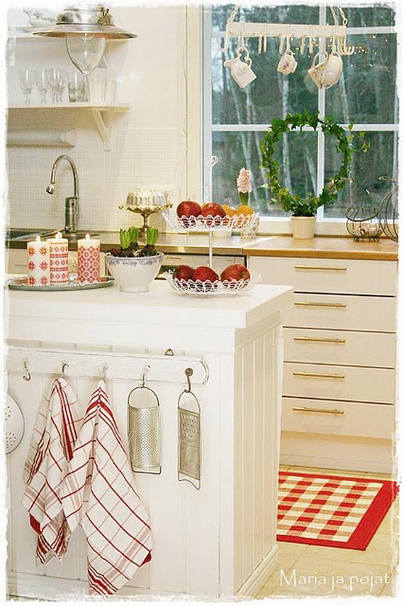Top Christmas Decor Ideas For A Cozy Kitchen _10