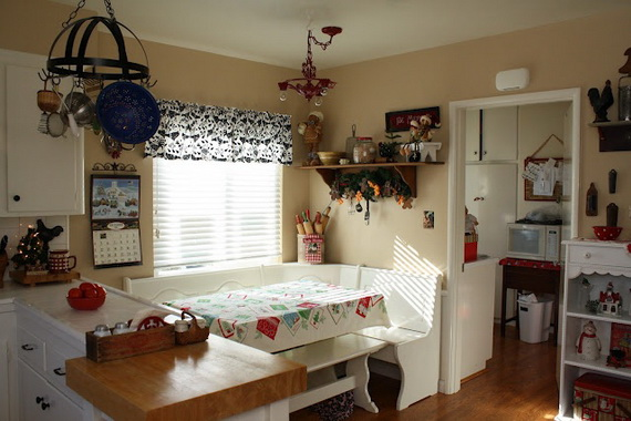 Top Christmas Decor Ideas For A Cozy Kitchen _14