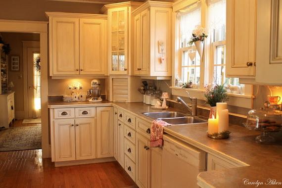 Top Christmas Decor Ideas For A Cozy Kitchen _30