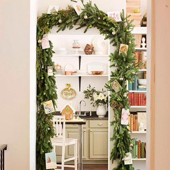 Top Christmas Decor Ideas For A Cozy Kitchen _40
