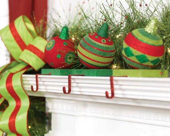 2014 RAZ Aspen Sweater Christmas Decorating Ideas_005