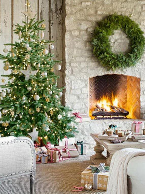 Elegant Christmas Country Living Room Decor Ideas_09