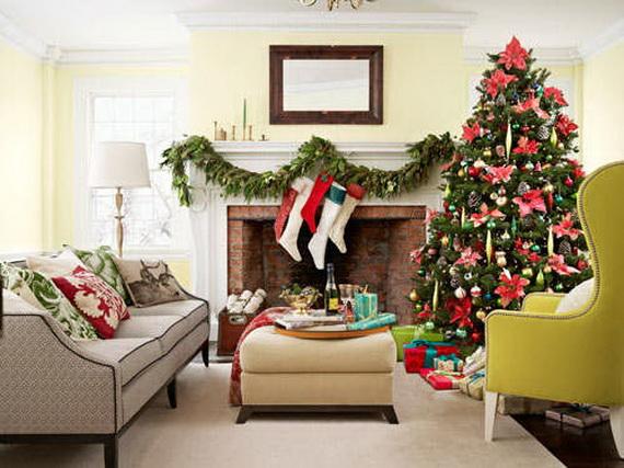 Elegant Christmas Country Living Room Decor Ideas_10