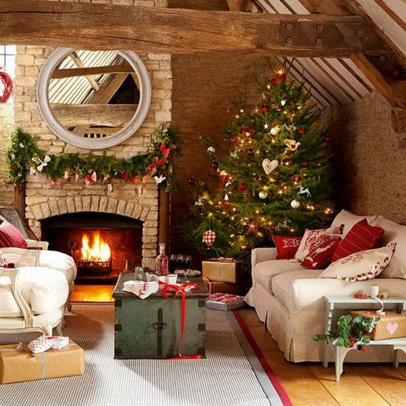 Elegant Christmas Country Living Room Decor Ideas_36