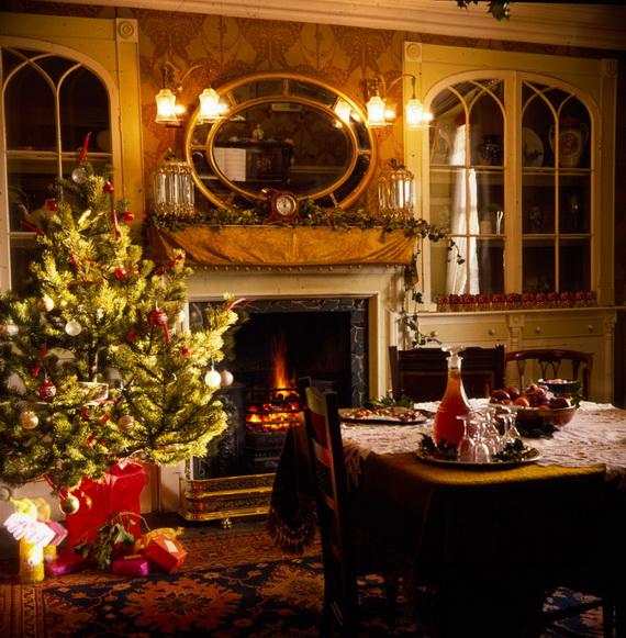 Elegant Christmas Country Living Room Decor Ideas_61