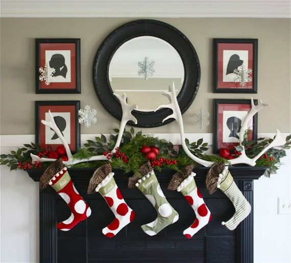 Gorgeous Fireplace Mantel Christmas Decoration Ideas _15