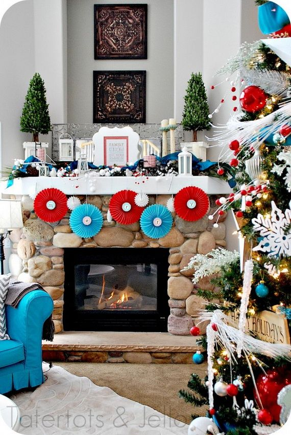 Gorgeous Fireplace Mantel Christmas Decoration Ideas _17