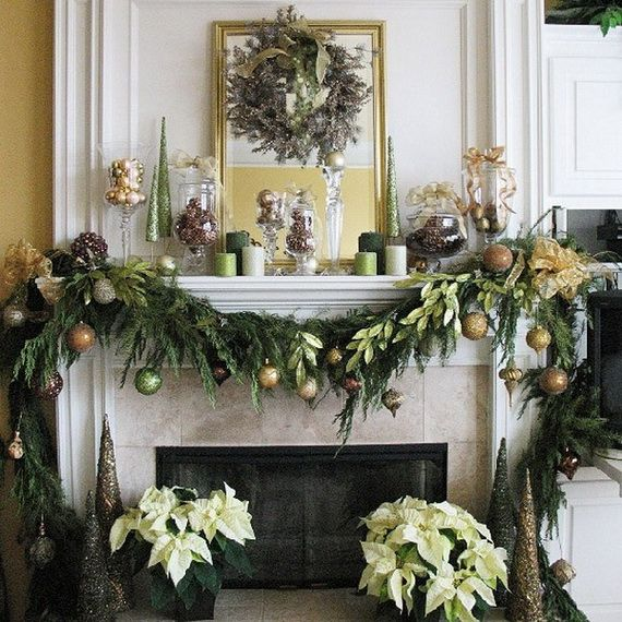 Gorgeous Fireplace Mantel Christmas Decoration Ideas 41