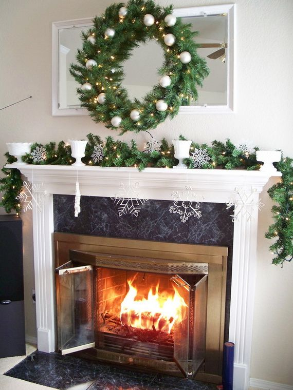Gorgeous Fireplace Mantel Christmas Decoration Ideas _77