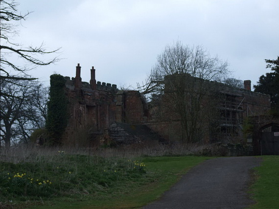 Historical Astley Castle In The Warwickshire Countryside_02