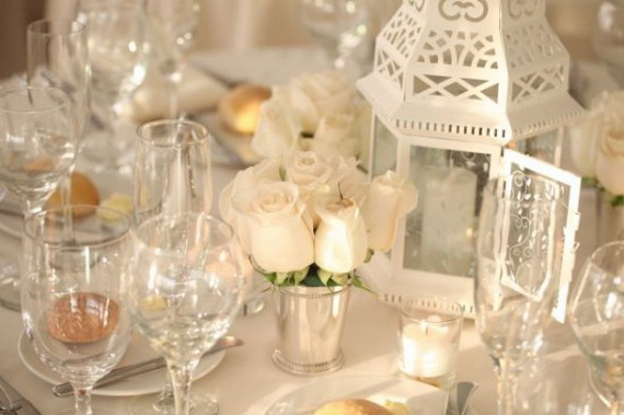 Amazing Romantic Table Centerpiece Decorating Ideas for Valentine's Day _6