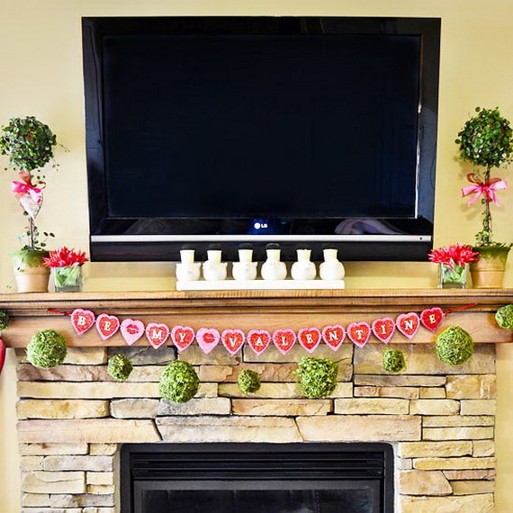 Cool Valentine's Day Mantel Décor Ideas_04