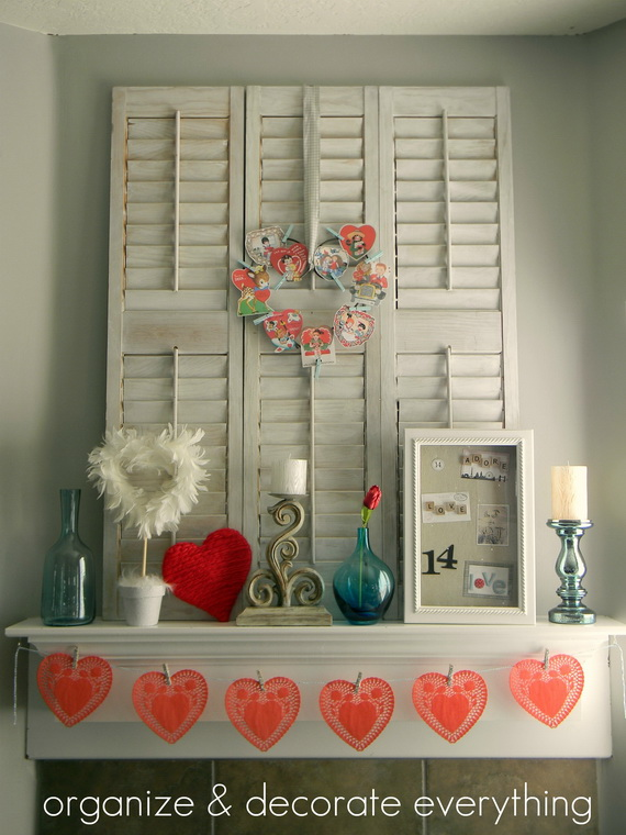Cool Valentine's Day Mantel Décor Ideas_7