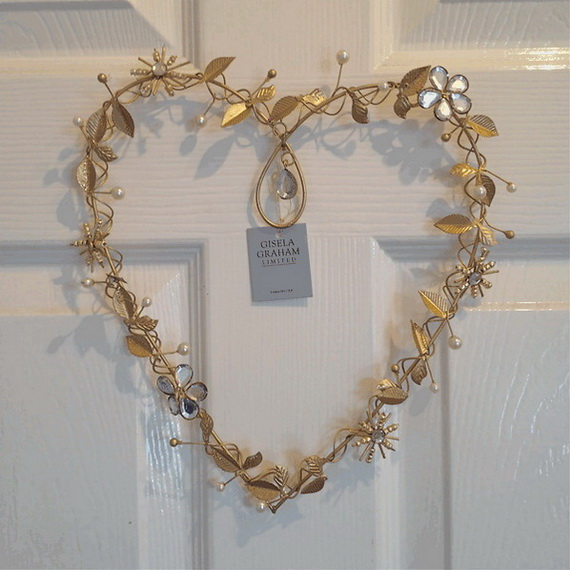 Cool Valentine's Day Wreath Ideas for 2014_09