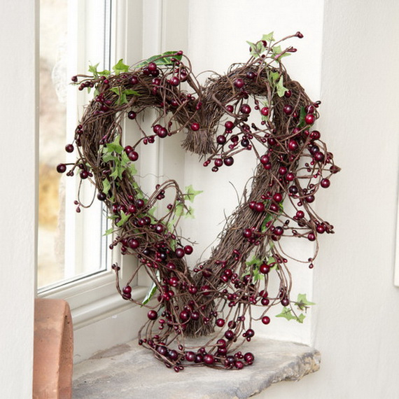 Cool Valentine's Day Wreath Ideas for 2014_21