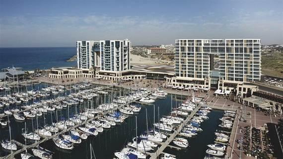 Five-star-of-David-Ritz-Carlton-opens-Herzliya-Israel-_1