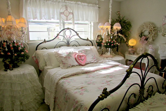Valentine's Day Bedroom Decoration Ideas for Your Perfect Romantic Scene_59