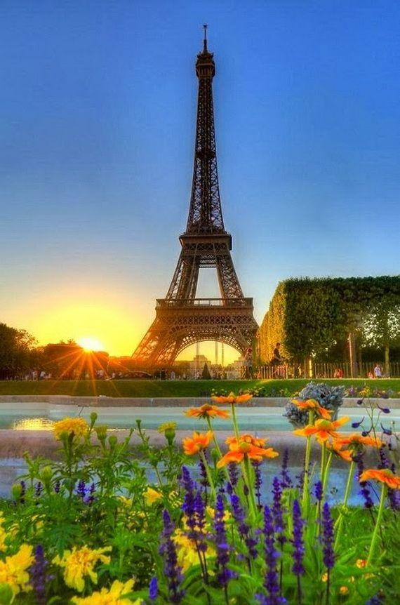 A Family-Friendly City Break  in  Paris Eiffel Tower  _17