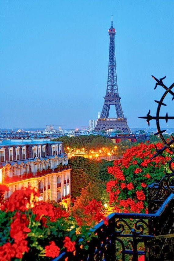 A Family-Friendly City Break  in  Paris Eiffel Tower  _18