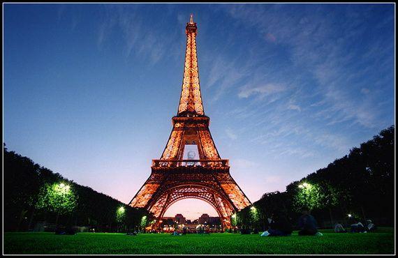 A Family-Friendly City Break  in  Paris Eiffel Tower  _23