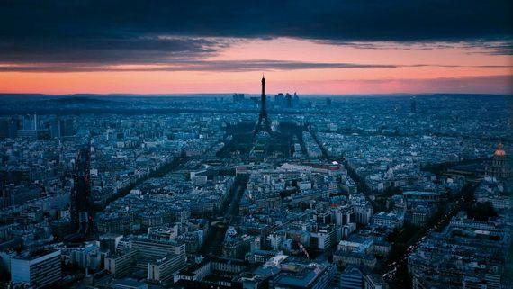A Family-Friendly City Break  in  Paris Eiffel Tower  _32