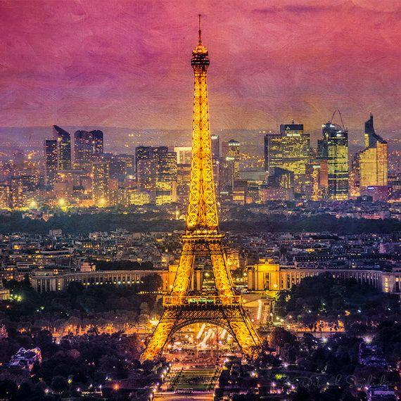 A Family-Friendly City Break  in  Paris Eiffel Tower  _33